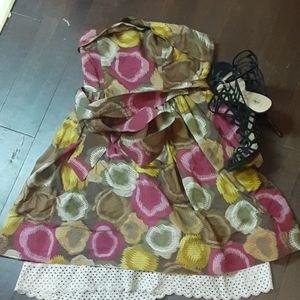 Bcbg maxazria adorable strapless dress